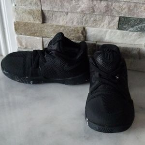 Nike tennis shoes baby size 6C